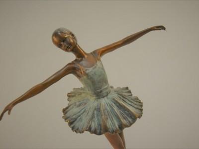 Figure Bronze Ballerina