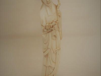 Antique Ivory Lady